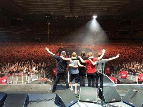 Os rumores de separação do Foo Fighters cresceram depois que, junto a Saint Cecilia, Grohl divulgou uma carta na qual fala sobre um possível hiato ou fim da banda
