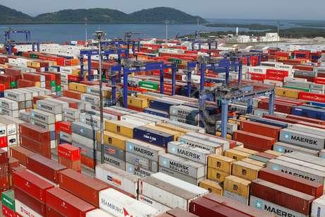 Governo tenta estimular a exportação