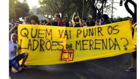 Resultado de imagem para Grandes roubos na saúde e na merenda escolar no Brasil