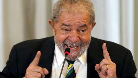 """Ex-ministro Lula, Ciro diz que se afastou do petista por falta de afinidade: """"ele acha que é Deus"""""""