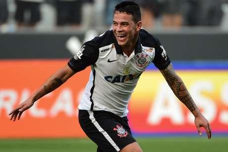 Giovanni Augusto marcou um dos gols da goleada do Corinthians em cima do Red Bull