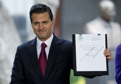 President Enrique Peña Nieto proposed a reform to allow in Mexico the use of marijuana for medicinal purposes and increase the amount of cannabis for personal consumption that will not be penalized, in an approach that has divided opinions among those who consider it a good step and the Which see it as a limited measure.