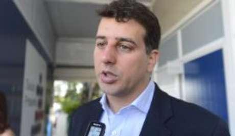 Rio de Janeiro - O secretário municipal de Saúde Daniel Soranz acompanhou o início da campanha na clínica da família Sérgio Vieira de Mello