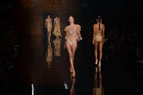 Desfile da Água de Coco no 41º São Paulo Fashion Week