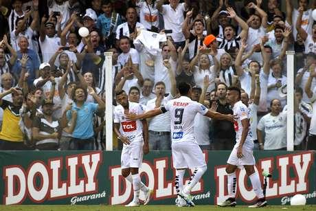 Ricardo Oliveira mais uma vez foi decisivo para o Santos