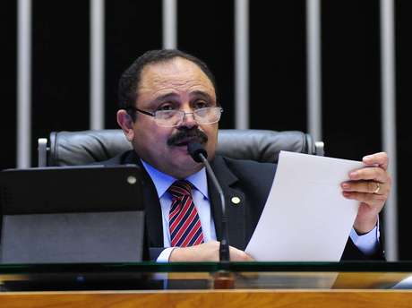 """Para oposição, Waldir Maranhão """"não tem condições políticas e psicológicas para permanecer no comando da Câmara"""""""