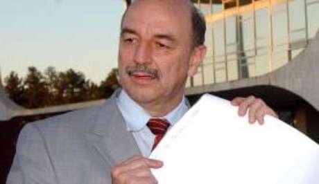 O deputado Osmar Terra vai assumir o Ministério do Desenvolvimento Social e Agrário