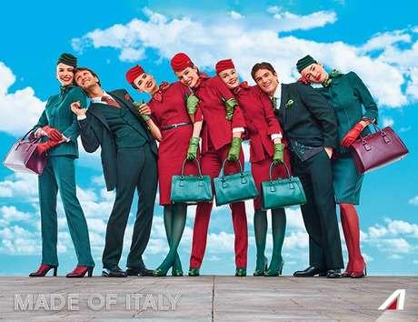 """Imagem dos uniformes divulgados no Twitter da @Alitalia traz o slogan """"Made of Italy"""""""