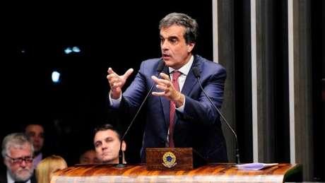 José Eduardo Cardozo, defensor de Dilma, diz não haver irregularidades em decretos