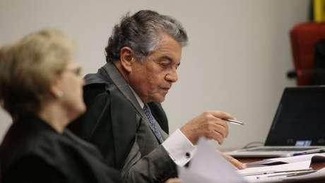 Marco Aurélio Mello obrigou Cunha a acolher pedido de impeachment contra Temer