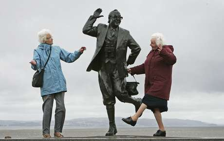 Por sexos, as mulheres costumam desfrutar de boa saúde durante uma média de 64,6 anos, enquanto os homens por 61,5 anos.