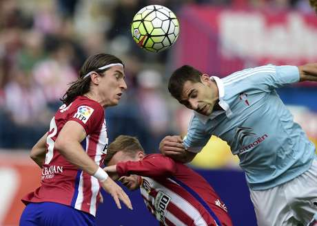 Filipe Luís, do Atlético de Madrid, foi eleito o melhor da posição na temporada europeia