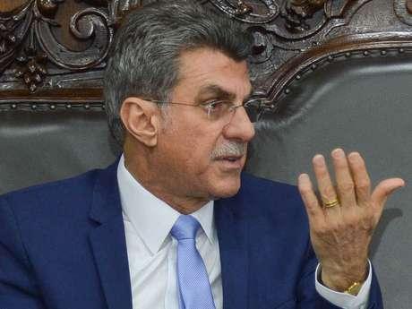 Romero Jucá disse nesta segunda-feira (23) que vai se licenciar do cargo de Ministro do Planejamento