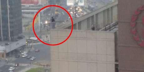 Mujer se suicida al saltar de último piso de Hotel Sheraton — VÍDEO