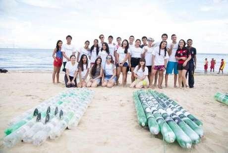 Estudantes de Manaus desenvolvem prancha ecológica de SUP com garrafas PET