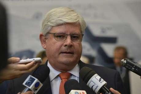 O procurador Rodrigo Janot deseja que o Supremo Tribunal Federal remeta inquérito contra o ex-presidente Lula para a Justiça Federal, em Curitiba