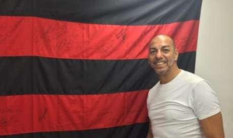 Mozer, que fez parte do elenco campeão mundial interclubes em 1981, é ídolo da torcida rubronegra