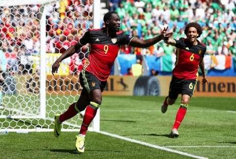 Lukaku comemorando um de seus gols: Agora ele é um dos artilheiros do torneio