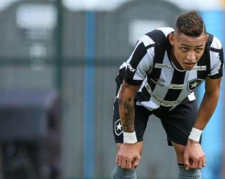 Botafogo tem três pênaltis no Brasileiro