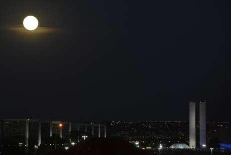 No solstício de inverno, o Hemisfério Sul registra a noite mais longa do ano