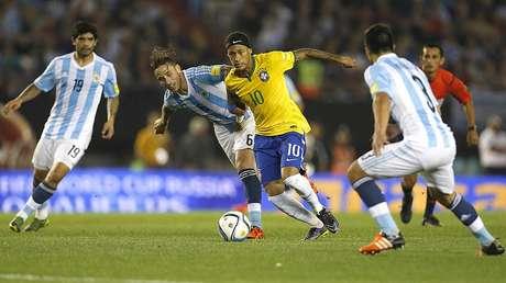 Em Buenos Aires, placar foi 1 a 1 (Foto: André Mourão/Mowa Press)