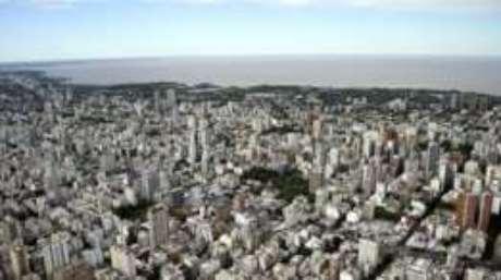 e683762b6a42d Buenos Aires fica nas margens do Rio da Prata. E a prata deu origem ao