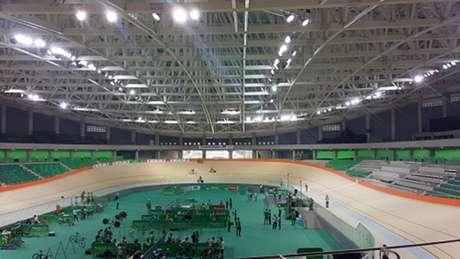 Velódromo foi inaugurado em obras pelo prefeito Eduardo Paes (Foto: Jonas Moura)