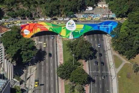 Túnel Novo, primeira via da cidade a receber decoração olímpica especial