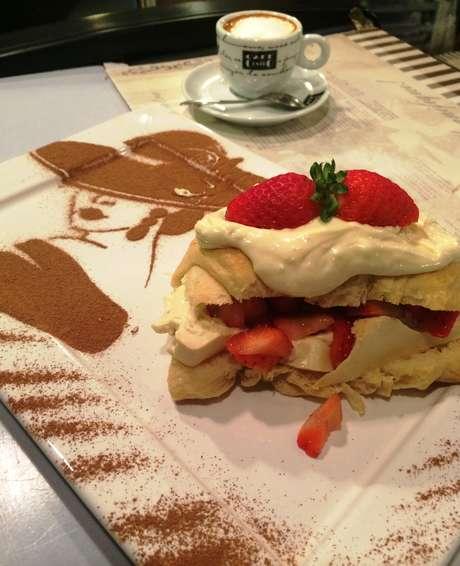 Croissant de chocolate branco
