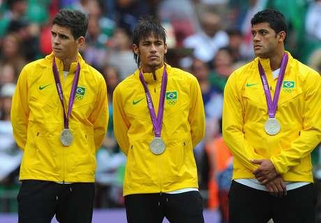Neymar, que ficou de fora da Copa América Centenário para disputar a Rio 2016, foi um dos destaques do Brasil nos Jogos Olímpicos de Londres, em 2012, na qual os brasileiros ficaram com a medalha de prata ao serem derrotados pelo México na decisão