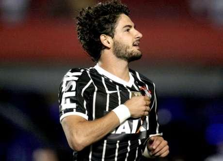 Em 62 jogos pelo Corinthians, Pato marcou 17 gols