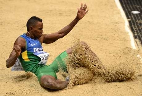 Duda não conseguiu obter o índice olímpico para os Jogos do Rio de Janeiro (Foto: JANEK SKARZYNSKI/AFP)