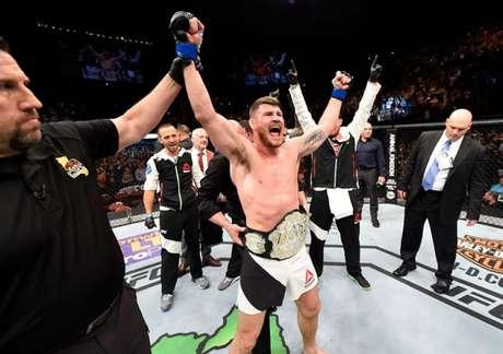 Michael Bisping é o atual campeão dos médios do Ultimate após nocaute em Rockhold (FOTO: UFC)