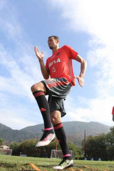 Réver espera retribuir confiança do Flamengo (Gilvan de Souza / Flamengo)