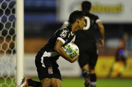 Caio Monteiro fez o gol do Vasco (Foto: Eduardo Valente/Lancepress!)