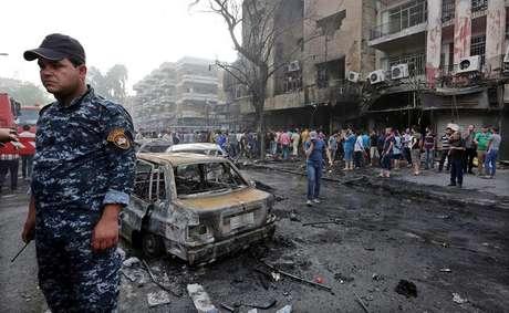 O atentado de domingo em Bagdá foi o mais sangrento do último ano