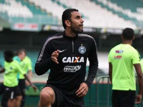 Rafael Marques está para assinar com o Vasco (Foto: Divulgação/Coritiba)