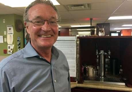 Graças ao centro de recuperação, houve uma 'profunda redução nas chamadas do 911 (emergência), visitas de emergência do hospital, paramédicos e chamadas policiais', diz o médico Jeff Turnbull