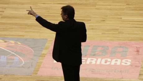 Magnano comanda a Seleção desde 2010