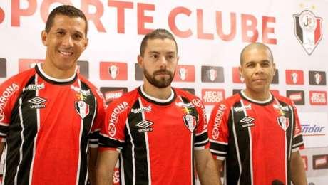 Da esquerda para direita, Fabiano Eller, Fernandinho e B. Ribeiro(foto: divulgação)