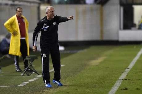 Dorival Júnior diz que não poupará o time para quarta-feira (Foto: Ivan Storti/Lancepress!)
