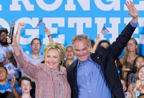 Democrata Tim Kaine, de 58 anos, é visto pelo grupo de Clinton como reforço para conquistar apoio do eleitorado da Virgínia