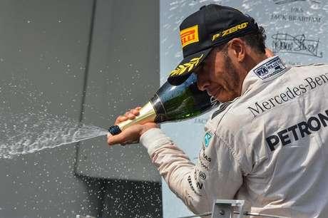Hamilton vence GP da Hungria