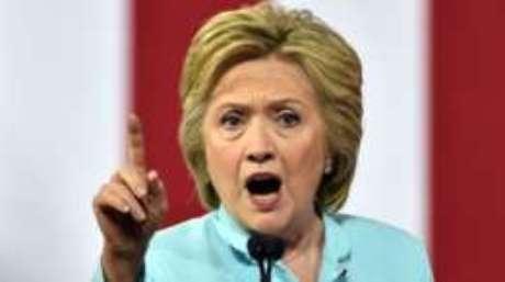 Hillary Clinton é a primeira mulher com chances de chegar à Casa Branca