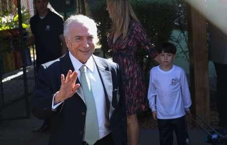 Desde que assumiu o poder, em maio, com o afastamento de Dilma Rousseff, o presidente tem buscado se apresentar à população, inclusive divulgando vídeos nas redes sociais.