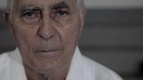 O sensei Geraldo Bernardes treina a dupla no Instituto Reação