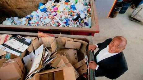 Empresário da reciclagem, Júlio Santos empreende desde os 20 anos de idade