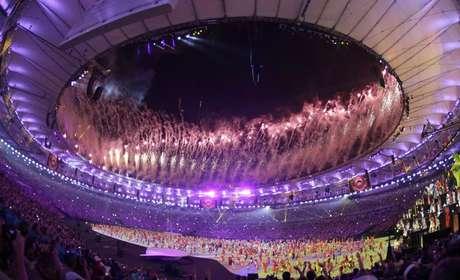 Fogos de artifício no Maracanã