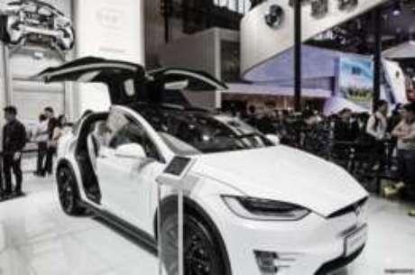 AutoPilot da Tesla ajuda a salvar vida