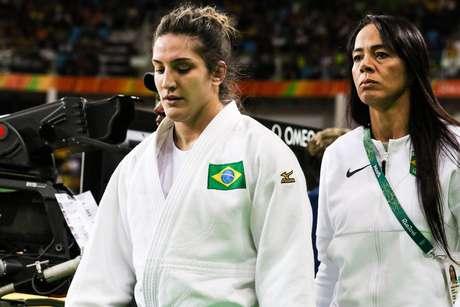 A judoca brasileira Mayra Aguiar (E)